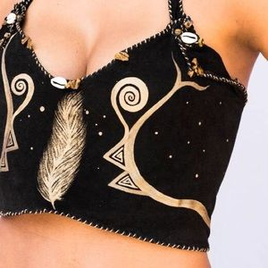 pythia Tops - Top leather hand made in Brazil hand painted .